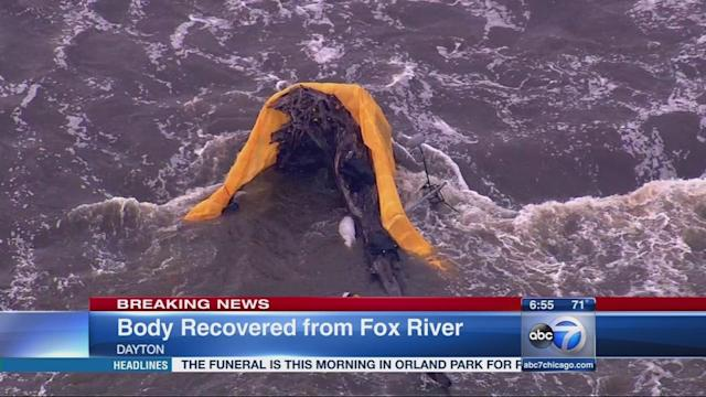 Body of passenger recovered after powered ultra light crashes in Fox River