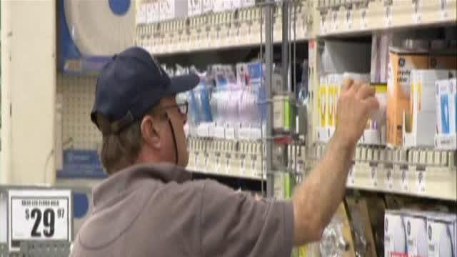 Consumer reports tests light bulbs