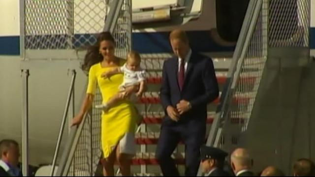 Prince George Makes First Appearance in Sydney
