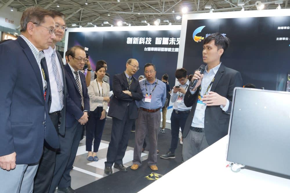 2018台北車電展 首度增設智駕車上路體驗
