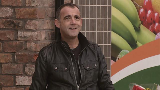 **FIRST LOOK** Kevin Webster returns to Coronation Street!