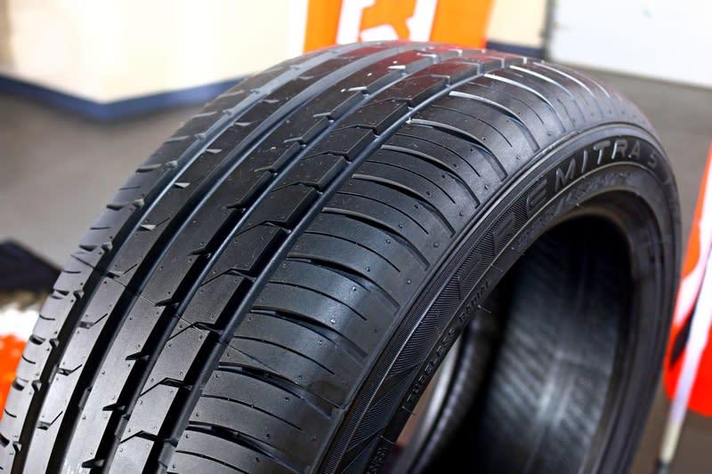 輪胎因國產而改配置Maxxis HP5,至於是否會影響操駕下一篇將有說明。