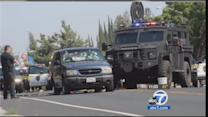 Stockton bank robbery, gunbattle: 2 suspects, 1 hostage dead