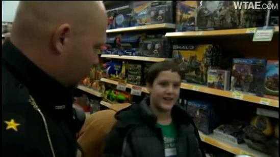 Presents from the Police: Shop with a Cop