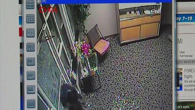 Jewelry store robbery caught on tape