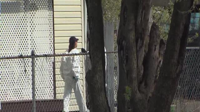 4pm: FBI searches neighboring house on Seymour Avenue
