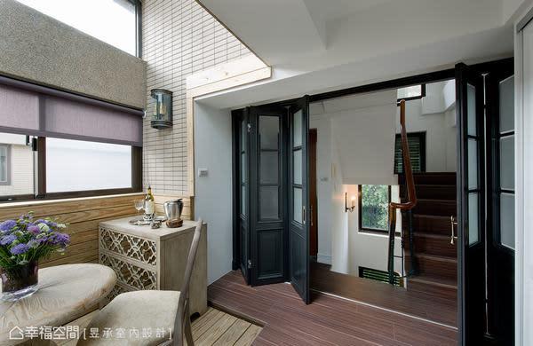 五樓休憩區因加做採光罩而更好利用,只要擺設休閒家具或藤編戶外家具就能在此做日光浴或下午茶。