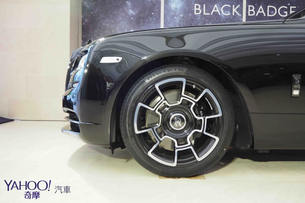暗夜女神、幻影之魂 Rolls-Royce Wraith Black Badge唯二抵台
