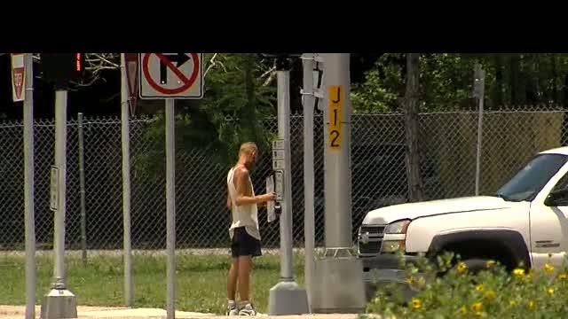 Tampa City Council approves partial ban on panhandling