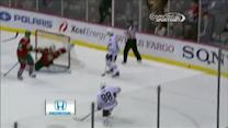 Kane scores late goal on Kuemper
