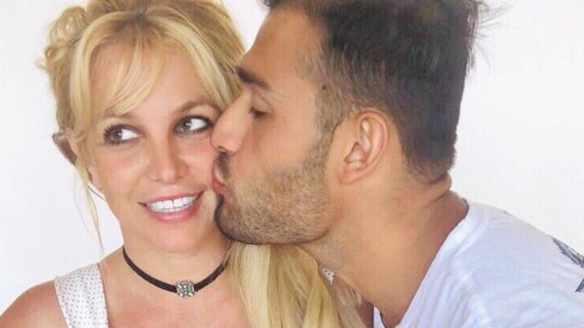 Britney Spears Enjoys Romantic 39th Birthday Celebration With Boyfriend Sam Asghari
