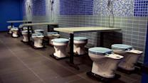 Toilet-themed eatery: Chinese fad comes to U.S.