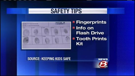 Organization shows how to keep vital information on children