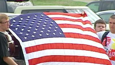 Community Supports Fallen Olathe Soldier