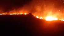 Cape Town Fire Encroaches on Nearby Homes