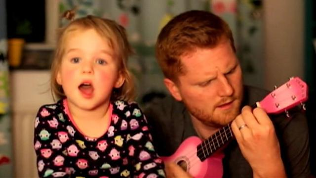 Dad Distracts Scared Daughter With Song