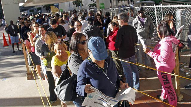 Judge extends early voting in Florida following lawsuits