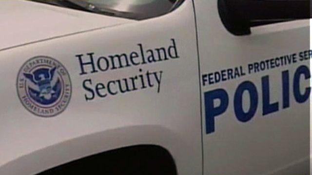 Did DHS send armed agents to Tea Party protests on IRS?