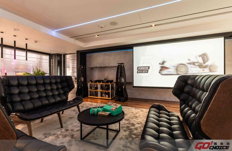 二樓展區備有VIP貴賓休息室