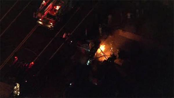 Firefighters quickly douse flames at Northeast Philadelphia diner