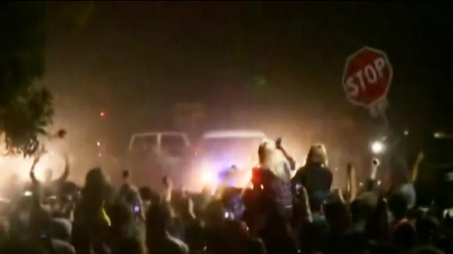Spring break party turns to riot in Calif. town