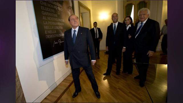 New Turmoil For Italy Amid Resignation Of 5 In Berlusconi's Party
