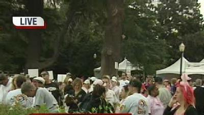 State Capitol Walk For Breast Cancer