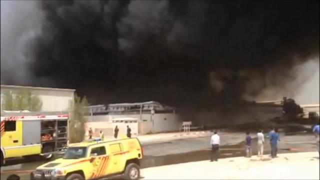 Fire rages in Dubai warehouse