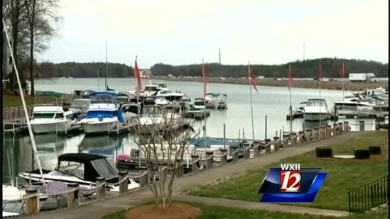 Boaters flashing truckers on NC highway
