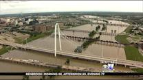 Trinity River Flood Watchers Told To Stay Back