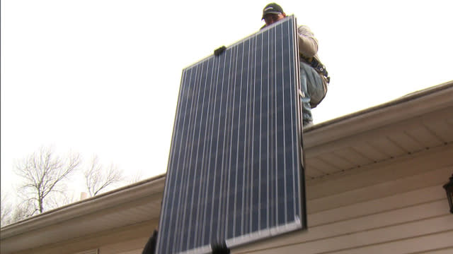 Inside SolarCity: The rise of a hot solar panel provider