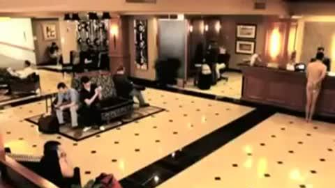 Naked Guy Gets Locked Out of Hotel Room