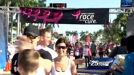Sea of pink take part in Susan G. Komen Race