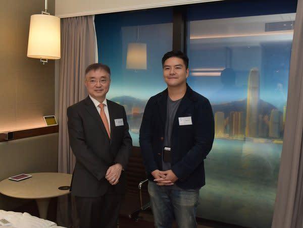 信和集團創新聯席董事楊孟璋先生(左一)及本地創科企業Film Players有限公司創辦人及行政總裁蘇德政先生(左二)出席「信和創意研發室」開幕禮。