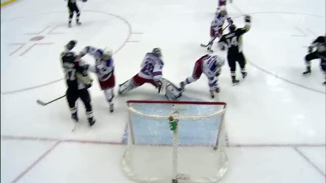 Chris Kunitz buries a deflection for the PPG