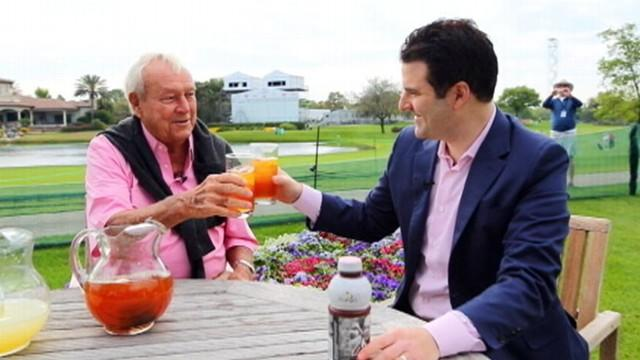 Arnold Palmer Mixes Up an Arnold Palmer