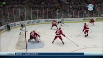 Mike Richards snipes one past Jimmy Howard