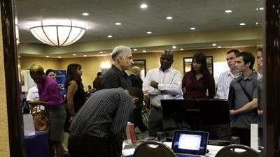 US jobless rate falls to 7.8 pct., 44-month low