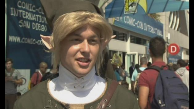 Comic-Con: Comic book fans, cosplayers and Harrison Ford