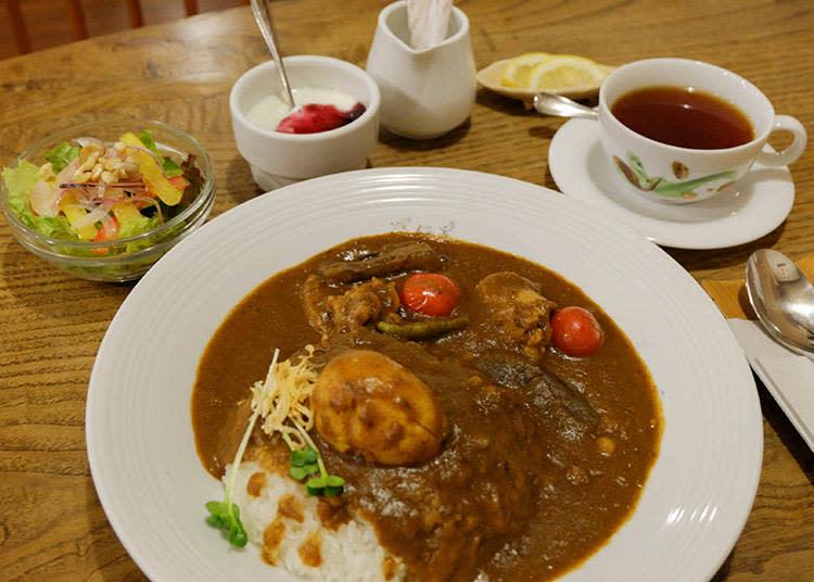 特製咖哩 (スペシャルカレー)單點 1200日元 / 午間套餐1350日元 / 晚間套餐 1700日元