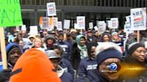 Postal workers protest plan to cut Saturday mail delivery