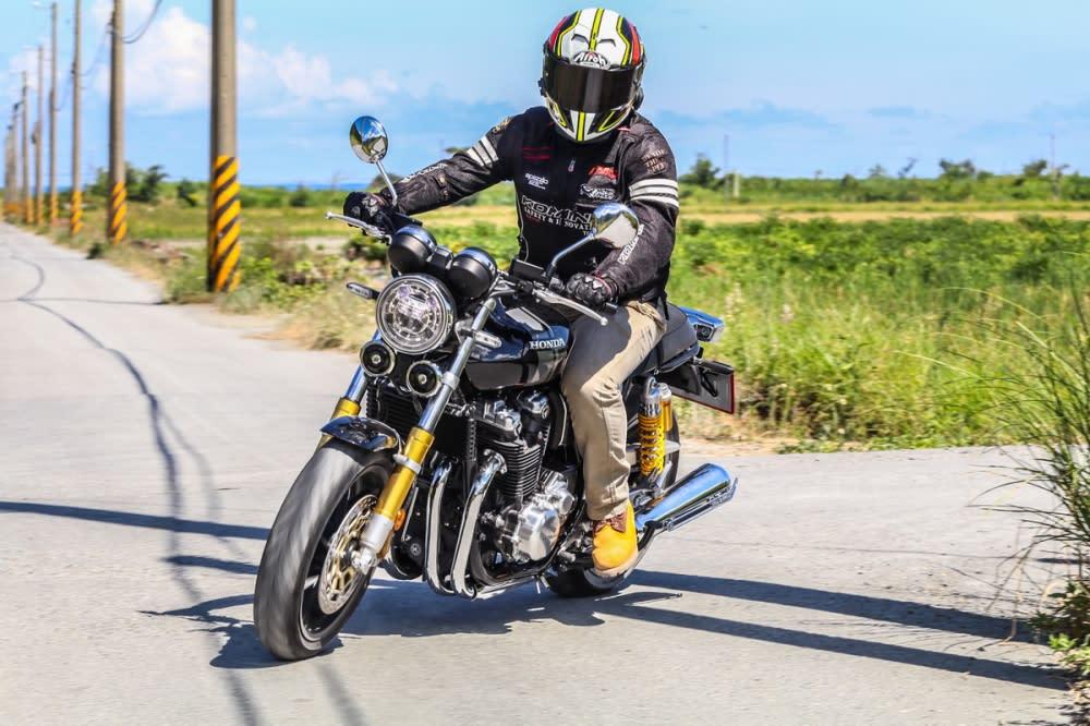 橫越台灣之旅(上),與Honda CB1100 RS的邂逅