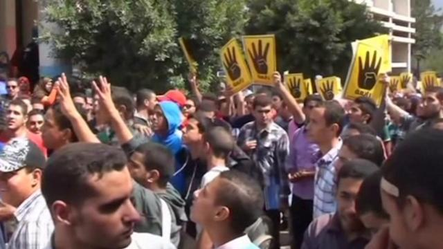 Anti-army protests staged at Egyptian universities