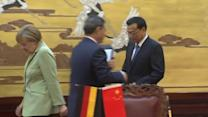 German Chancellor meets Chinese Premier in Beijing