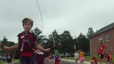 Kids jump rope to combat obesity