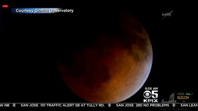 1st In Series Of 'Blood Moons' Wows Sky Watchers