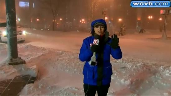 Snow from blizzard piling up in Downtown Boston