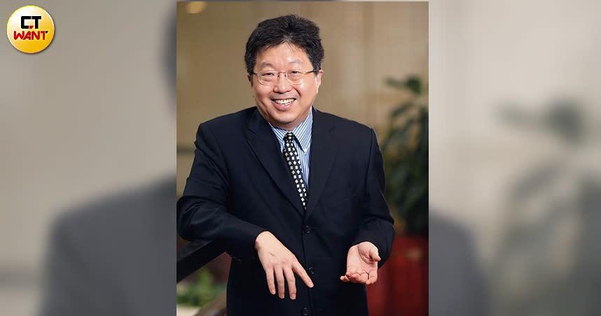 三年前退休的楊應超,近期接受本刊專訪時,暢談投資心法,並提出「4%法則」預備退休生活。(圖/王永泰攝)