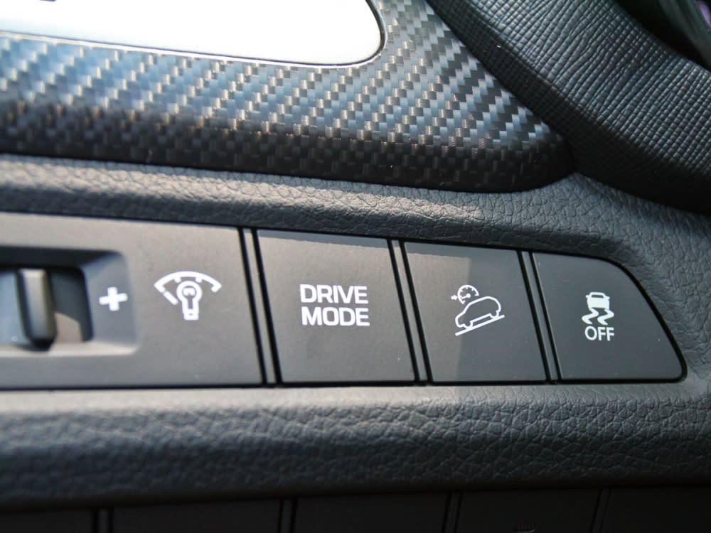 【路試報導】Hyundai New Santa Fe 2.2 CRDi領袖款