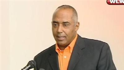 Lewis, Brown Hold 1st News Conference Of Season
